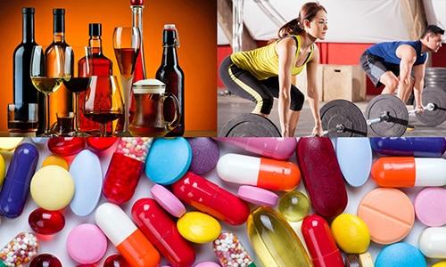 Клинические проявления начинаются в момент стрессовой ситуации для организма: поднятие тяжести, гормональный сбой, прием некоторых медикаментозных препаратов, алкогольное отравление