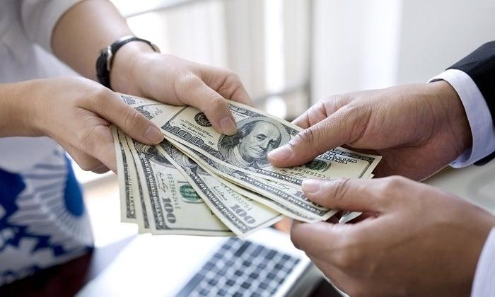 Стоимость платной хирургии по устранению выпячивания пахового канала – от 15 500 рублей до 50 000 рублей