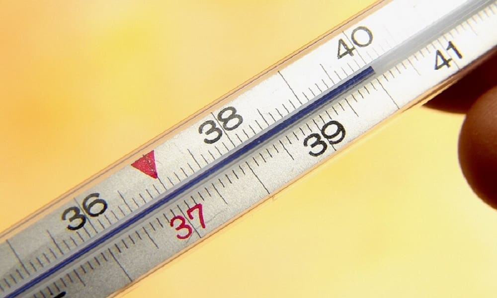 Массаж живота при пупочной грыже у детей нельзя применять, если повышена температура тела