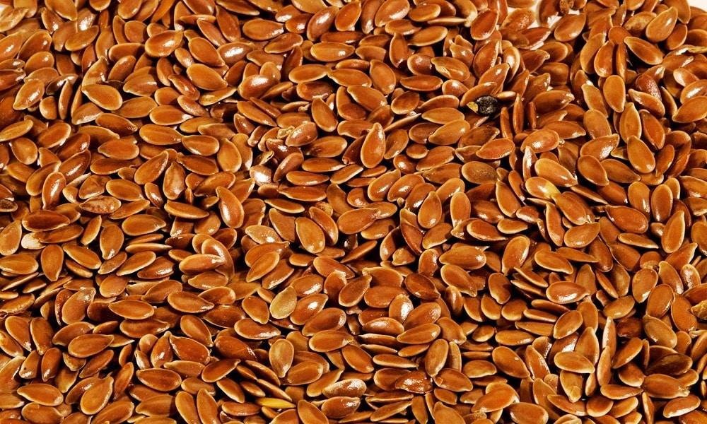Рекомендуется применять травяные отвары, оказывающие мягкий слабительный эффект. В качестве основы используют семена льна