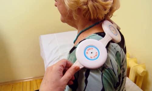 Прибор Алмаг при грыже отдела позвоночника устраняет болезненность и воспаление в области пораженного диска