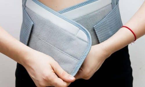Перед ЛФК рекомендуется вправить и зафиксировать пупочную грыжу при помощи бандажа