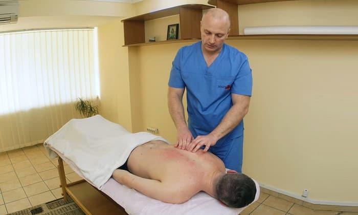 Баня эффективна лишь в качестве вспомогательной терапии, входящей в комплекс с другими методами лечения этой патологии позвоночника