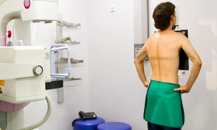 Рентгенография – один из распространенных методов диагностики для подтверждения грыжи
