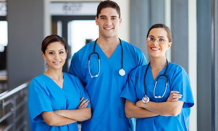 Наилучших результатов можно добиться, если проводить такие операции в специализированных клиниках, где работают многоопытные врачи-хирурги