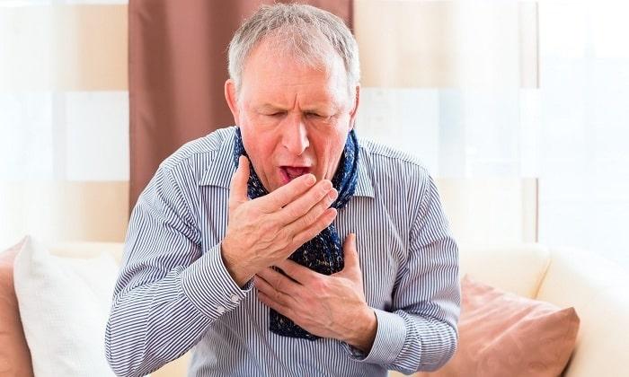 Частое повышение внутриутробного давления при кашле может спровоцировать развитие грыжи
