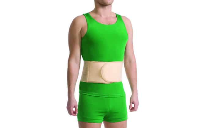 Если же у служивого имеется пупочная грыжа, размеры выпячиваний умеренные, то он должен носить специальный бандаж