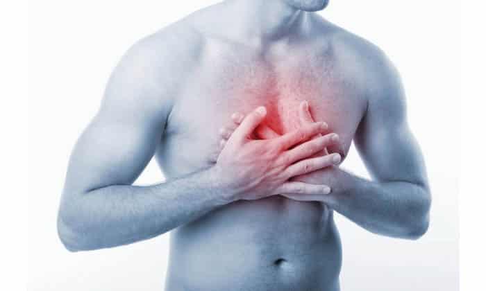 При болезни грудного отдела возможно удушье, ощущение сдавленности