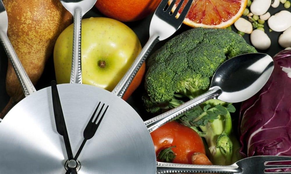 Чтобы избежать грыжи желудка, питание должно быть полноценным и сбалансированным