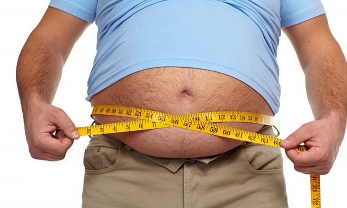 Усиление внутрибрюшинного давления, связанное, к примеру, с ожирением приводит к появлению грыжи
