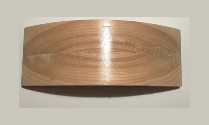 Чтобы сделать подушку Мейрама привлекательной внешне, дерево следует обработать таким образом, чтобы убрать острые углы, а поверхность сделать гладкой