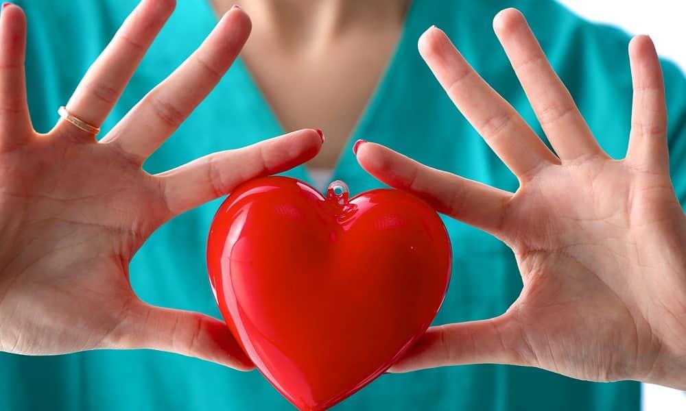 Остеопатию нельзя проводить при сердечно-сосудистых заболеваниях