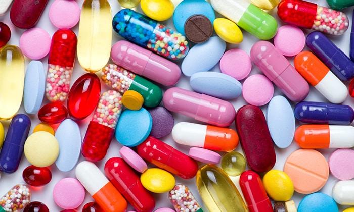 Чтобы избежать развития осложнения и устранения воспаления, боли, принимают нестероидные противовоспалительные препараты