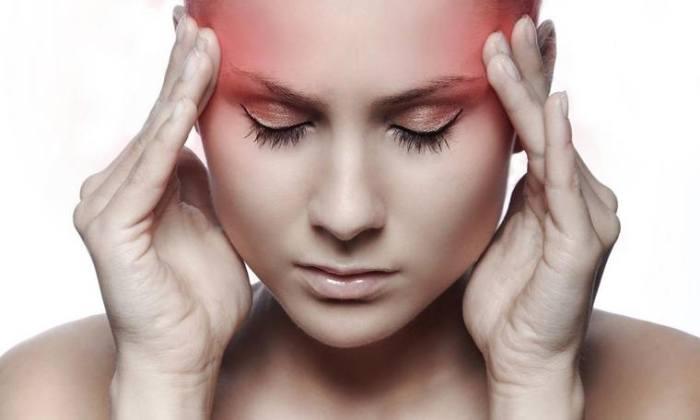 Частые головные боли, нарушение сна возникают при грыже шейного отдела