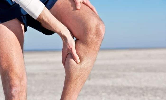 Иррадиация боли в ногу могут быть симптомом